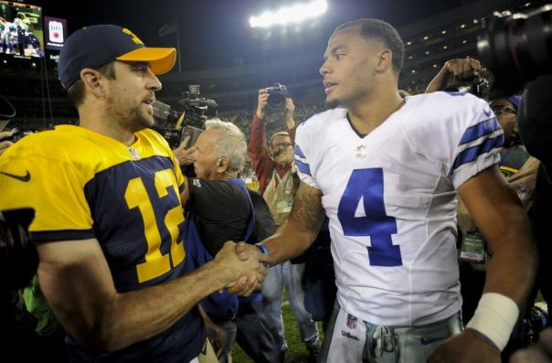 9614329-dak-prescott-aaron-rodgers-nfl-dallas-cowboys-green-bay-packers-850x560