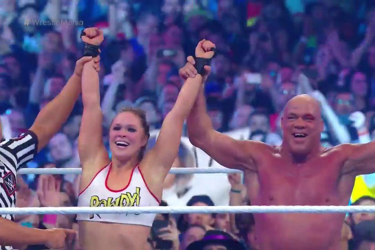 Ronda Rousey Was Spectacular In Her Debut Match AtWrestleMania