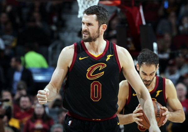 Cavaliers Sign Kevin Love to Long-TermExtension
